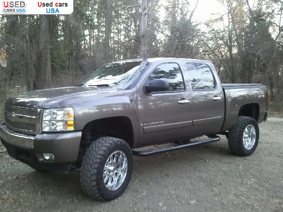 For Sale for 28000$ passenger car Chevrolet Silverado 2007 used